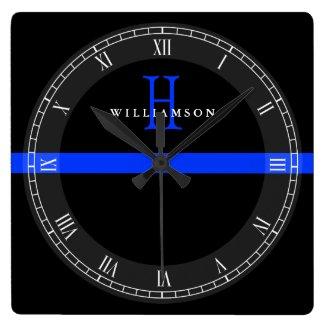 Horloge murale carrée, ligne bleue et monogramme